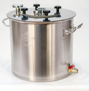 Перегонная ёмкость (бак) «Фаворит» 30 литров